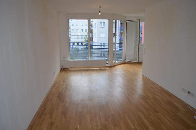 gbild -- KORNHÄUSELGASSE! SONNIGE 50 m2 NEUBAU-GARCONNIERE INKL. 5 m2 LOGGIA; Einzelwohnraum mit Komplettküche, Wannenbad, Parketten; /  / 1200Wien / Bild 2