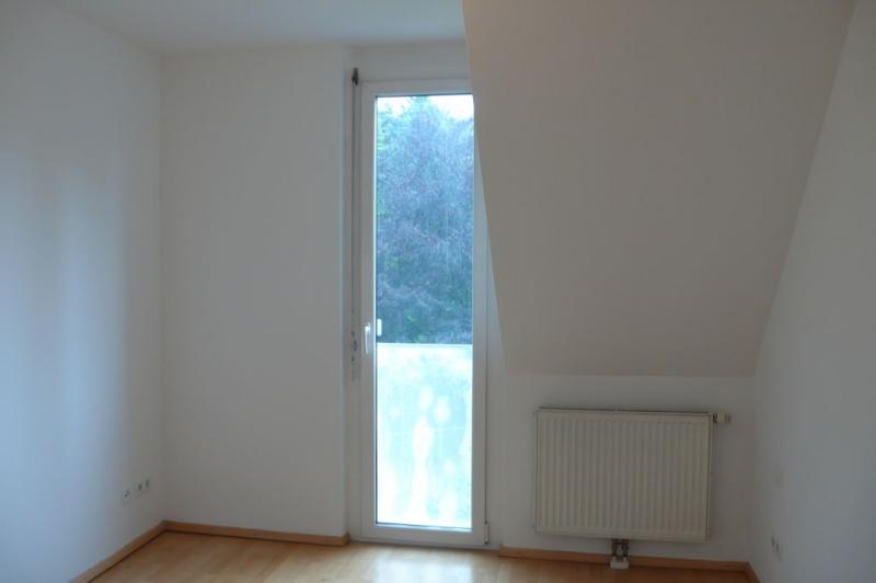 GRINZINGER STRASSE, DACHGESCHOSS! SONNIGE 45 m2 NEUBAUWOHNUNG, 2 Zimmer, Kochnische, Wannenbad; Parketten; /  / 1190Wien / Bild 3