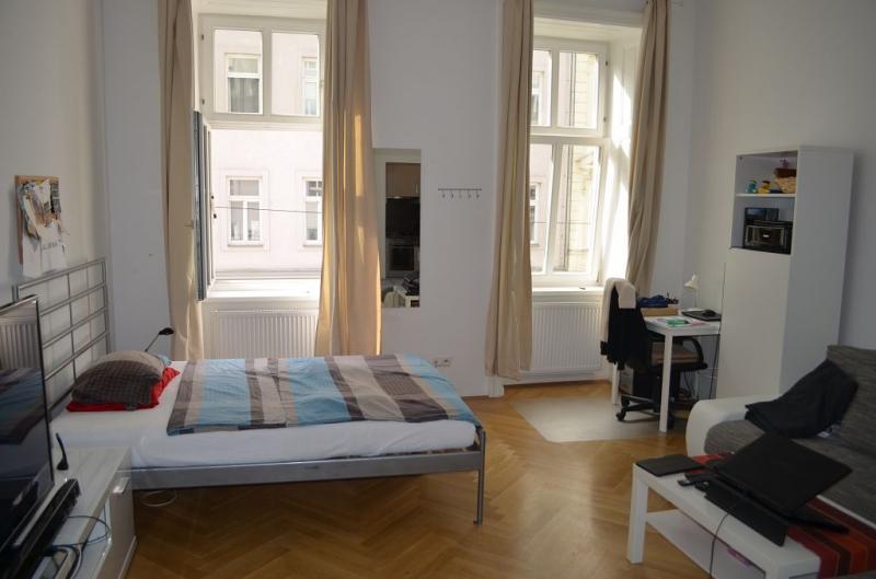 THERESIENGASSE, AKH-Nähe,  unbefristete 44 m2 Altbau-Garconniere,  Einzelwohnraum,  Komplettküche, Duschbad, Parketten /  / 1180Wien / Bild 0