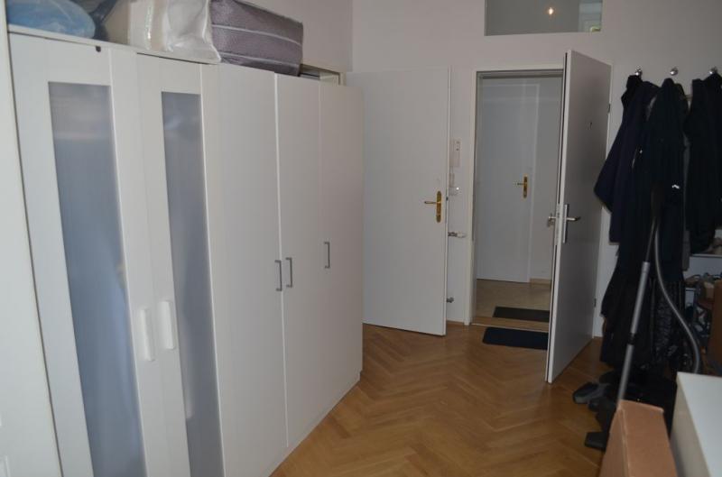 THERESIENGASSE, AKH-Nähe,  unbefristete 44 m2 Altbau-Garconniere,  Einzelwohnraum,  Komplettküche, Duschbad, Parketten /  / 1180Wien / Bild 4