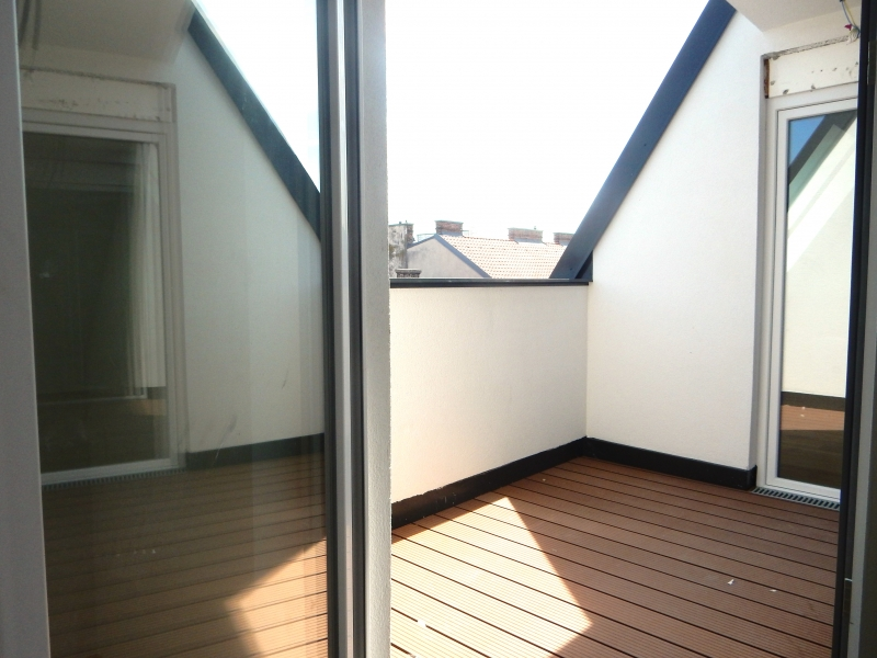 ++ ! NEU ! ++ Exklusive DG-Wohnung, 4-Zimmer ERSTBEZUG, 70m² Terrassen!+ PROVISIONSRABATT  /  / 1090Wien / Bild 3
