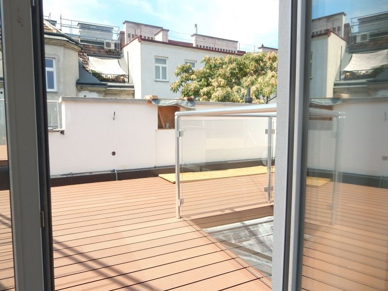 ++ ! NEU ! ++ Exklusive DG-Wohnung, 4-Zimmer ERSTBEZUG, 70m² Terrassen!+ PROVISIONSRABATT  /  / 1090Wien / Bild 4