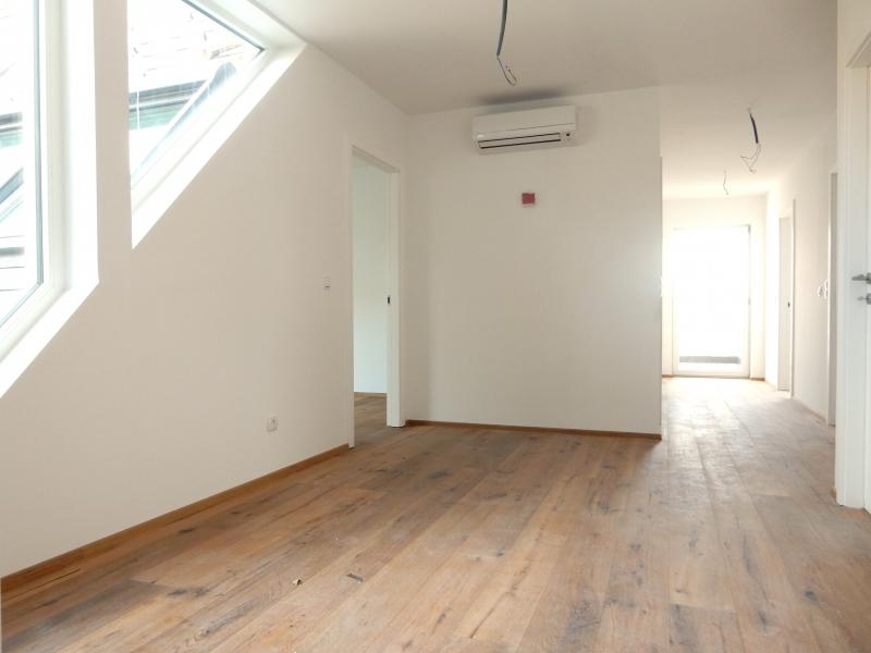 ++ ! NEU ! ++ Exklusive DG-Wohnung, 4-Zimmer ERSTBEZUG, 70m² Terrassen!+ PROVISIONSRABATT  /  / 1090Wien / Bild 7