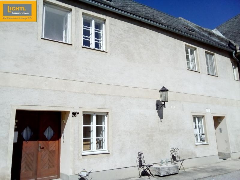 Helle Zweizimmer- Wohnung mit Garten und Parkplatz /  / 2471Rohrau / Bild 0