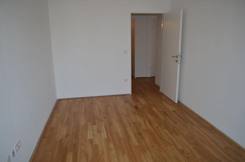 AIGNERSTRASSE! ERSTBEZUG! SONNIGE 77 m2 NEUBAU INKLUSIVE 6 m2 LOGGIA, 2 Zimmer, Komplettküche, Wannenbad, Parketten; Ruhelage /  / 1200Wien / Bild 2