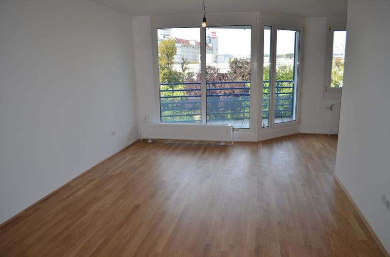 AIGNERSTRASSE! ERSTBEZUG! SONNIGE 77 m2 NEUBAU INKLUSIVE 6 m2 LOGGIA, 2 Zimmer, Komplettküche, Wannenbad, Parketten; Ruhelage /  / 1200Wien / Bild 6