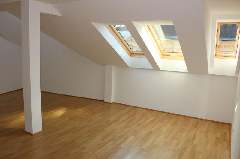 gbild -- ERSTBEZUG! DACHGESCHOSS! Währinger Strasse, unbefristetes 64 m2 Dachgeschoss mit 20 m2 Terrasse, 2 Zimmer, Komplettküche, Klimaanlage, Duschbad, Parketten, Ruhelage; /  / 0Wien / Bild 0