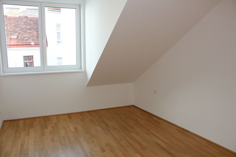 jpgcnt ---- ERSTBEZUG! DACHGESCHOSS! Währinger Strasse, unbefristetes 64 m2 Dachgeschoss mit 20 m2 Terrasse, 2 Zimmer, Komplettküche, Klimaanlage, Duschbad, Parketten, Ruhelage; /  / 0Wien / Bild 1