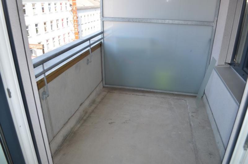gbild -- FUZO-FAVORITENSTRASSE! U1-KEPLERPLATZ;  SONNIGE 66 m2 NEUBAU MIT 5 m2 LOGGIA, 2 Zimmer, Kochnische, Wannenbad, Parketten; Ruhelage /  / 1100Wien / Bild 5
