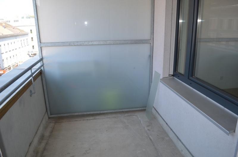 gbild -- FUZO-FAVORITENSTRASSE! U1-KEPLERPLATZ;  SONNIGE 66 m2 NEUBAU MIT 5 m2 LOGGIA, 2 Zimmer, Kochnische, Wannenbad, Parketten; Ruhelage /  / 1100Wien / Bild 6