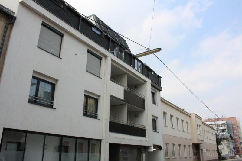 jpgcnt ---- DIRMHIRNGASSE, topgepflegte 53 m2 Neubau inkl. 5 m2 Loggia, 2 Zimmer, Komplettküche, Wannenbad, Parketten,  /  / 1230Wien / Bild 3
