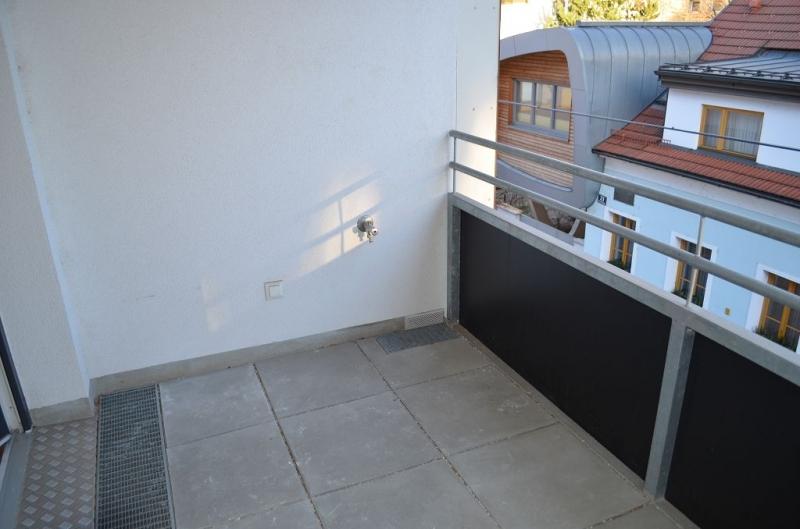 gbild -- DIRMHIRNGASSE, topgepflegte 53 m2 Neubau inkl. 5 m2 Loggia, 2 Zimmer, Komplettküche, Wannenbad, Parketten,  /  / 1230Wien / Bild 6