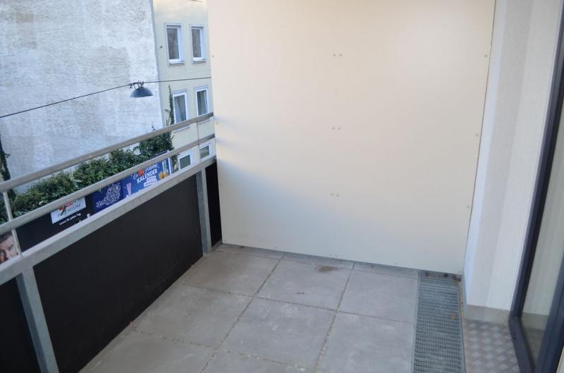 gbild -- DIRMHIRNGASSE, topgepflegte 53 m2 Neubau inkl. 5 m2 Loggia, 2 Zimmer, Komplettküche, Wannenbad, Parketten,  /  / 1230Wien / Bild 7