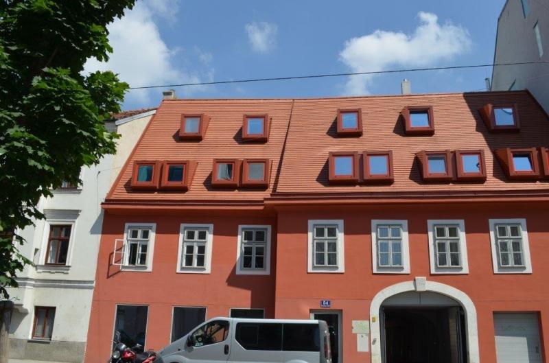 gbild -- PENZINGER STRASSE! unbefristete 60 m2 Altbau, Wohnzimmer mit Komplettküche, Schlafzimmer, Wannenbad, Parketten /  / 1140Wien / Bild 0