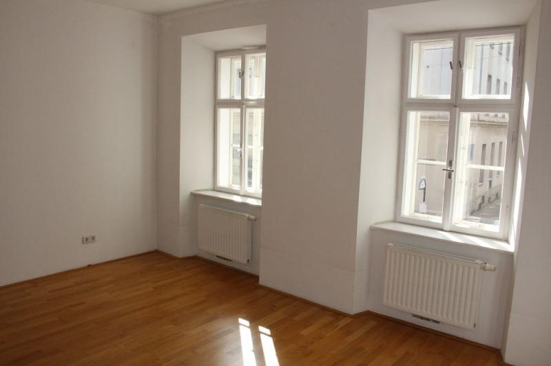 gbild -- PENZINGER STRASSE! unbefristete 60 m2 Altbau, Wohnzimmer mit Komplettküche, Schlafzimmer, Wannenbad, Parketten /  / 1140Wien / Bild 6
