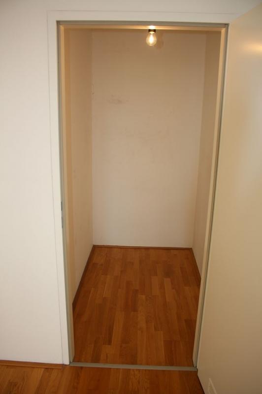 gbild -- PENZINGER STRASSE! unbefristete 60 m2 Altbau, Wohnzimmer mit Komplettküche, Schlafzimmer, Wannenbad, Parketten /  / 1140Wien / Bild 9