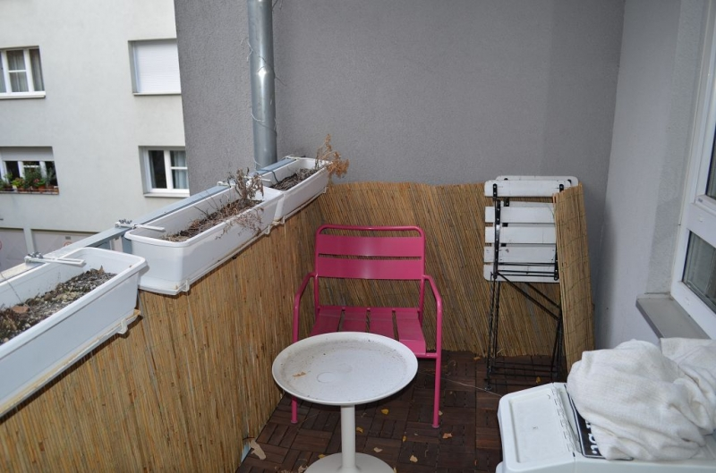 gbild -- HALBGASSE BEI BURGGASSE; TOPGEPFLEGTE 54 m2 NEUBAU MIT 5 m2 LOGGIA; 2 Zimmer, Kochnische, Wannenbad, Parketten;  /  / 0Wien / Bild 2