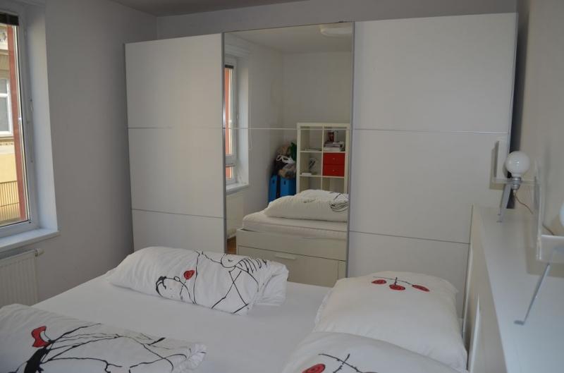 gbild -- HALBGASSE BEI BURGGASSE; TOPGEPFLEGTE 54 m2 NEUBAU MIT 5 m2 LOGGIA; 2 Zimmer, Kochnische, Wannenbad, Parketten;  /  / 0Wien / Bild 7