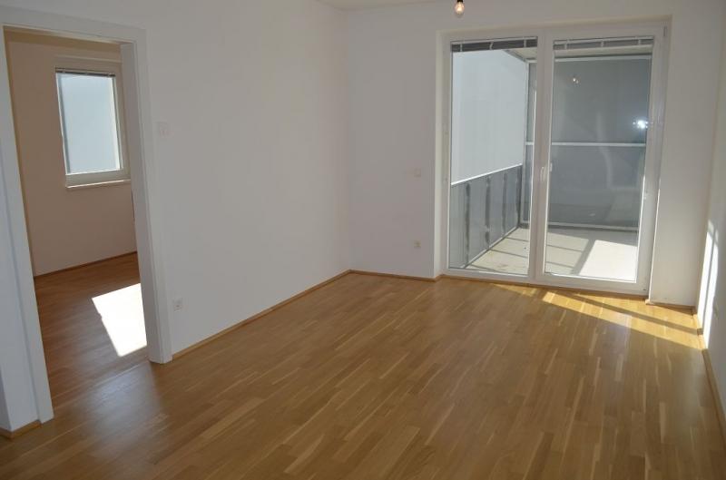 ST. PÖLTEN! WIDERINSTRASSE, sonnige 70 m2 Neubau mit 9 m2 Loggia, 3 Zimmer, Komplettküche, Wannenbad, Parketten
