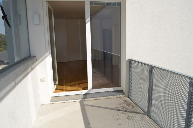 gbild -- ST. PÖLTEN! WIDERINSTRASSE, sonnige 70 m2 Neubau mit 9 m2 Loggia, 3 Zimmer, Komplettküche, Wannenbad, Parketten /  / 3100St. Pölten / Bild 4
