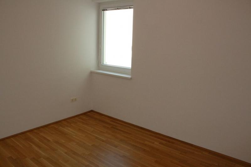 jpgcnt ---- ST. PÖLTEN! WIDERINSTRASSE, unbefristete 70 m2 Neubau mit 10 m2 Loggia, 3 Zimmer, Komplettküche, Wannenbad, Parketten /  / 3100Sankt Pölten / Bild 0