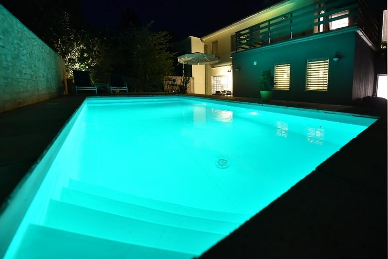 Grünoase mit Weitblick, Pool und Einlegerwohnung