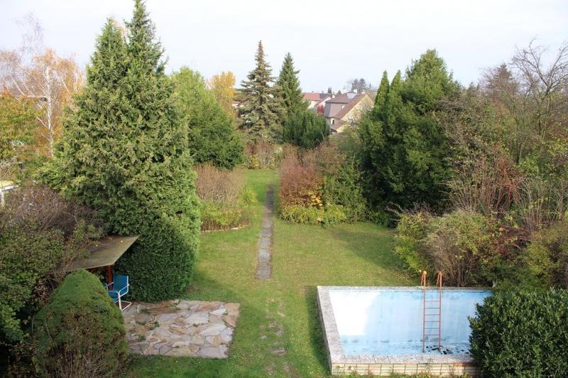 gbild -- 3430 TULLN AN DER DONAU! sanierungsbedürftiges ca. 95 m2 Einfamilienhaus mit Garage und  899 m2 Gesamtgrund in herrlicher Grünruhelage, 3 Zimmer, Wohnküche, Vollkeller,  /  / 3430Tulln an der Donau / Bild 0