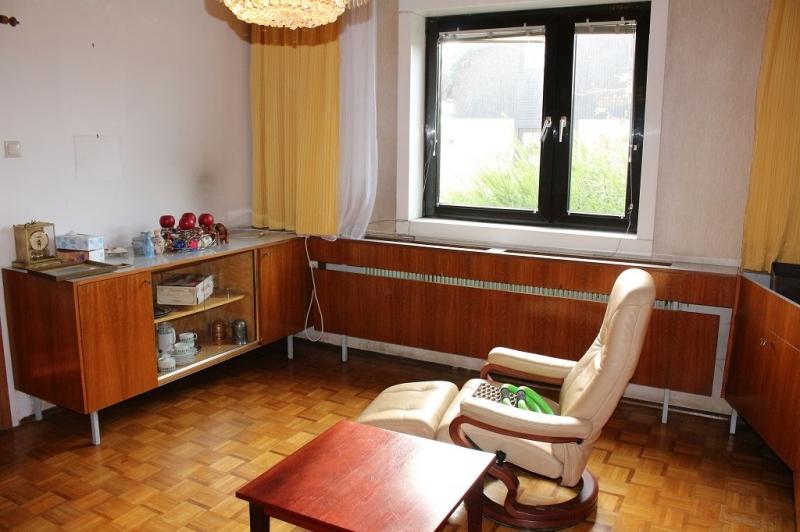 jpgcnt ---- 3430 TULLN AN DER DONAU! sanierungsbedürftiges ca. 95 m2 Einfamilienhaus mit Garage und  899 m2 Gesamtgrund in herrlicher Grünruhelage, 3 Zimmer, Wohnküche, Vollkeller,  /  / 3430Tulln an der Donau / Bild 3