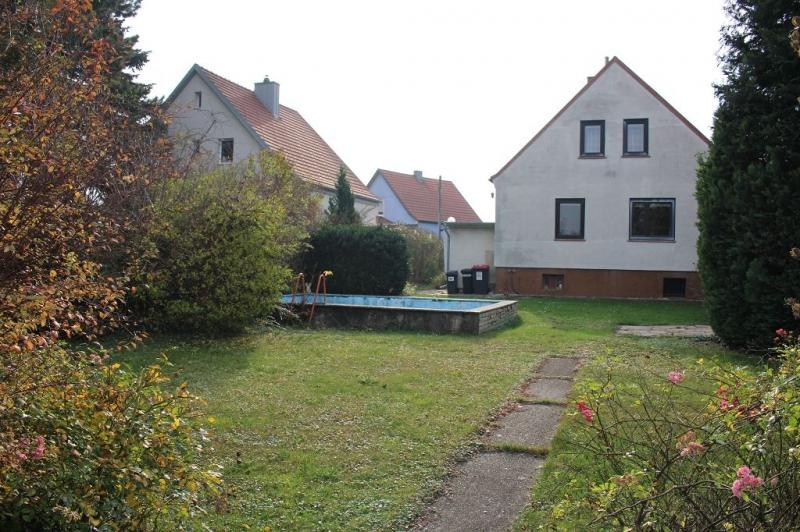gbild -- 3430 TULLN AN DER DONAU! sanierungsbedürftiges ca. 95 m2 Einfamilienhaus mit Garage und  899 m2 Gesamtgrund in herrlicher Grünruhelage, 3 Zimmer, Wohnküche, Vollkeller,  /  / 3430Tulln an der Donau / Bild 6