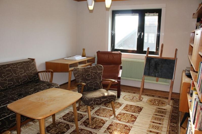 gbild -- 3430 TULLN AN DER DONAU! sanierungsbedürftiges ca. 95 m2 Einfamilienhaus mit Garage und  899 m2 Gesamtgrund in herrlicher Grünruhelage, 3 Zimmer, Wohnküche, Vollkeller,  /  / 3430Tulln an der Donau / Bild 9