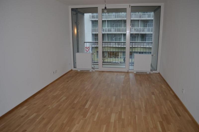 ERSTBEZUG! TOKIOSTRASSE, sonnige 59 m2 Neubau inklusive 6 m2 Loggia, 2 Zimmer, Komplettküche; Wannenbad, Parketten; 2. Liftstock;