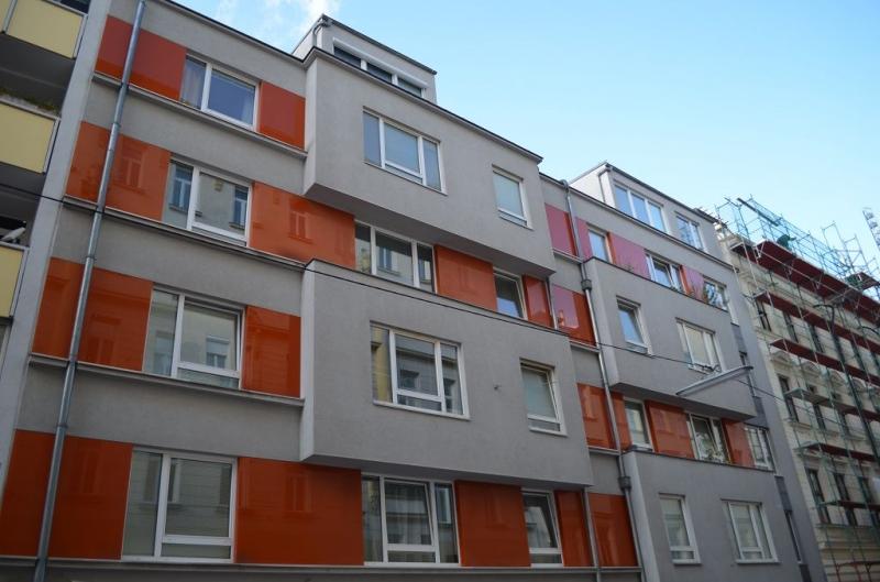 jpgcnt ---- HALBGASSE! TOPGEPFLEGTE 54 m2 NEUBAU MIT 5 m2 LOGGIA; 2 Zimmer, Kochnische, Wannenbad, Parketten;   /  / 1070Wien / Bild 8