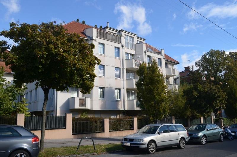 PETER JORDAN-STRASSE! sonnige 52 m2 Neubau mit 3 m2 Balkon;2 Zimmer, Komplettküche, Wannenbad;