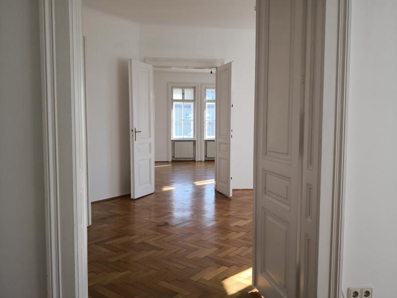 gbild -- Großzügige Familienwohnung mit Balkon in Grünlage /  / 2100Korneubung / Bild 4