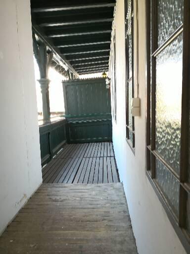 gbild -- Großzügige Familienwohnung mit Balkon in Grünlage /  / 2100Korneubung / Bild 8