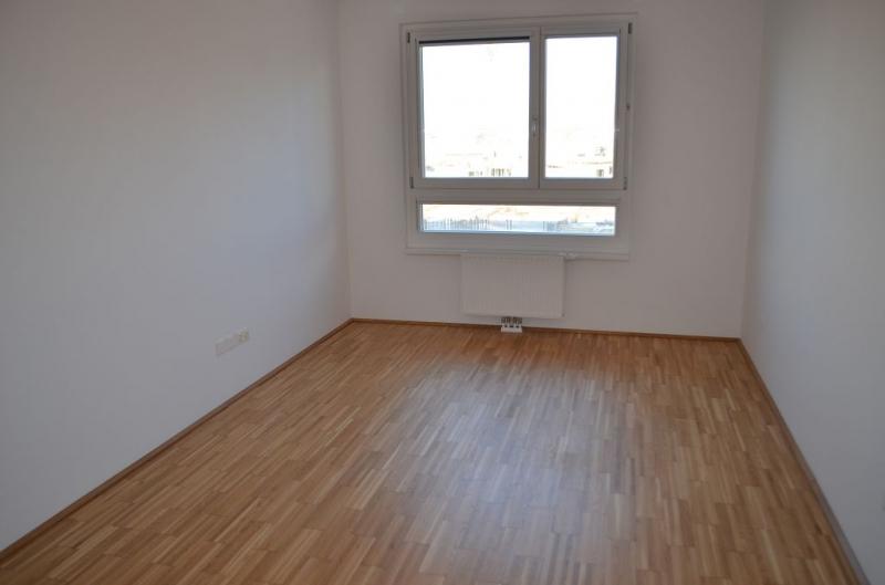 jpgcnt ---- LEYSTRASSE; topgepflegte 61 m2 Neubau mit 6 m2 Balkon, 2 Zimmer, Komplettküche; Wannenbad, Parketten; Garagenplatz möglich /  / 1020Wien / Bild 0
