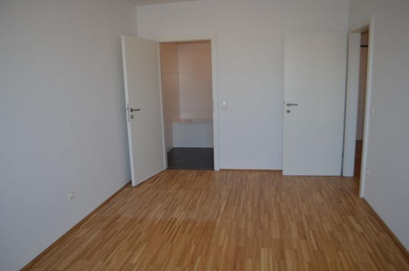 jpgcnt ---- LEYSTRASSE; topgepflegte 61 m2 Neubau mit 6 m2 Balkon, 2 Zimmer, Komplettküche; Wannenbad, Parketten; Garagenplatz möglich /  / 1020Wien / Bild 1
