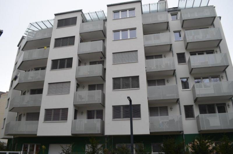 MARGARETENSTRASSE; SONNIGE 50 m2 NEUBAU MIT 4 m2 BALKON;  2 Zimmer; Kochnische, Wannenbad; Parketten, 3. Liftstock