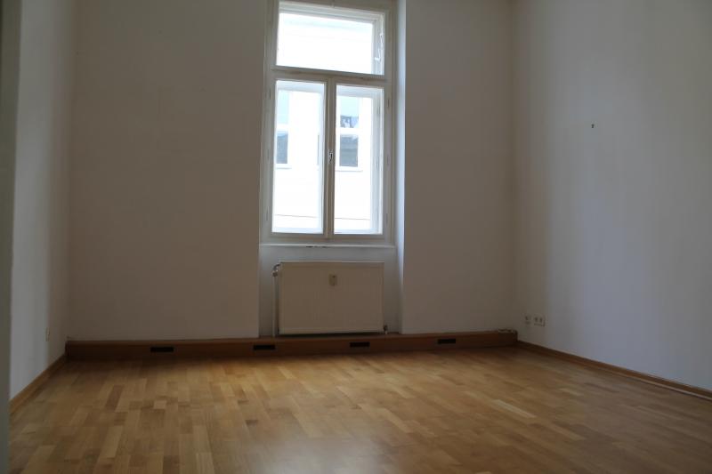Charmante Altbauwohnung im Herzen von St. Pölten! 65m2!