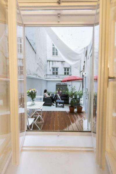 Bestlage 1010 Wien voll möblierte Dachgeschosswohnung