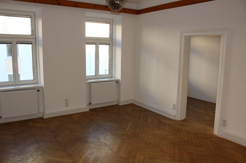 TOPGELEGENHEIT! BRUNNENGASSE – GABLENZGASSE! Lugner-City,  U6-Nähe, sanierte 40  m2 Altbau, 2 Zimmer, Duschbad, Parketten;