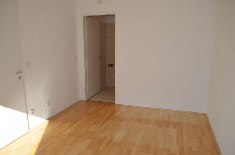 gbild -- FUZO FAVORITENSTRASSE!  SONNIGE 59 m2 NEUBAU MIT 5 m2 TERRASSE,2 Zimmer, Kochnische, Wannenbad, Parketten; Ruhelage; U1-Nähe;  /  / 1100Wien / Bild 9
