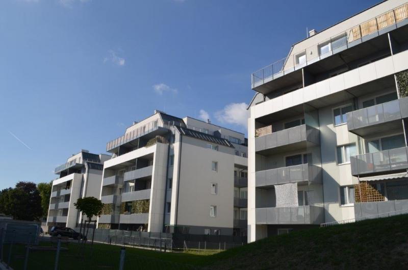 ST. PÖLTEN! WIDERINSTRASSE, topgepflegte 66 m2 Neubau inkl. 5 m2 Loggia und 5 m2 Balkon, 3 Zimmer, Komplettküche, Wannenbad, Parketten