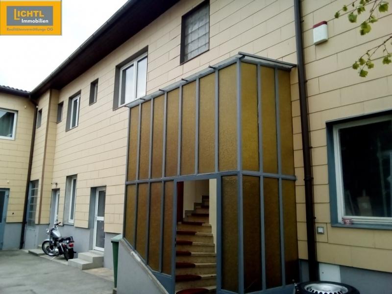 Anlageobjekt mit 3 bestandsfreien Wohnungen, Gewerbebereich, Baugrundstück