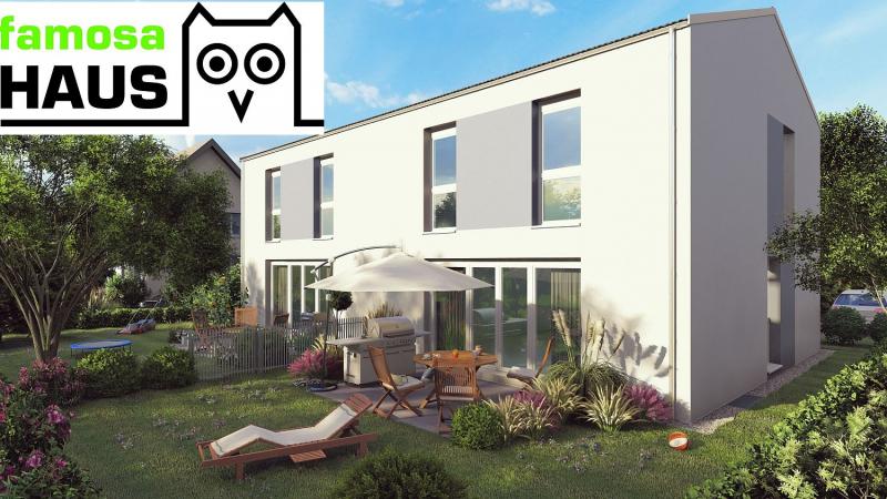 Niedrigenergie - Doppelhaushälfte mit Vollunterkellerung, Terrasse, Eigengarten und 2 Parkplätzen. Provisionsfrei!