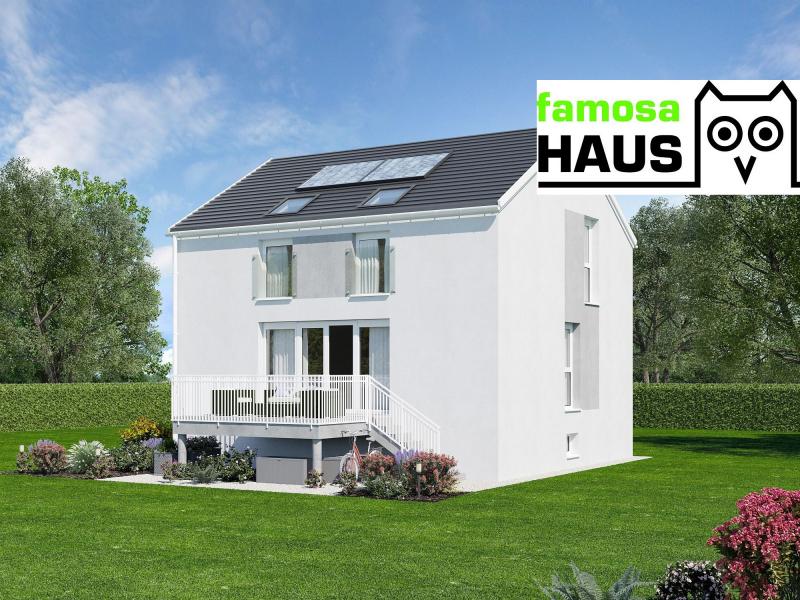 Vollunterkellertes Einzelhaus mit Sonnengarten und 2 Parkplätzen (Eigengrund). Provisionsfrei!