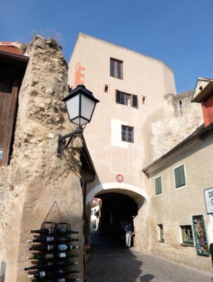 Befestigungsturm aus dem Mittelalter in der Wachau